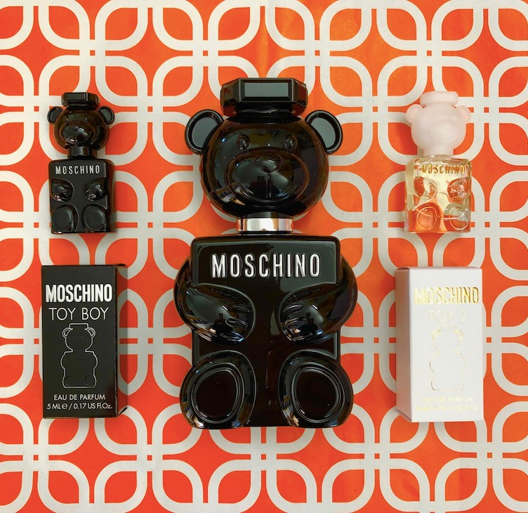 moschino-fragrance-set-giveaway