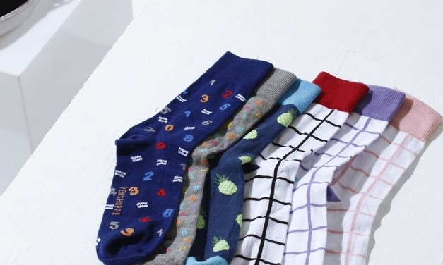 Free Socks or Travel Packing Cube