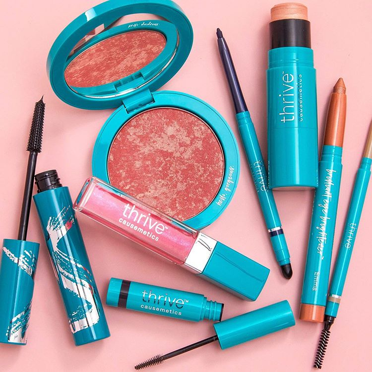 thrive-cosmetics-prize-pack