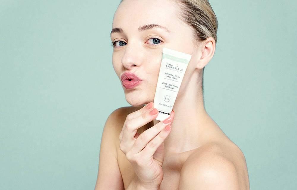 Free Herbal Essentials Beauty Set