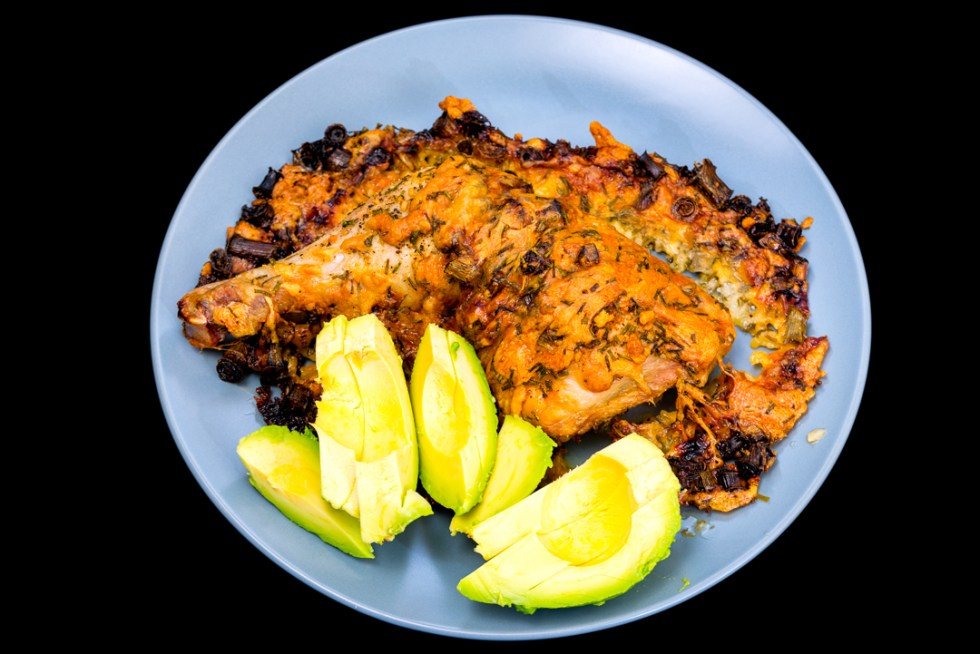 Cheesy chicken Maryland with avocado, spring onions and chives