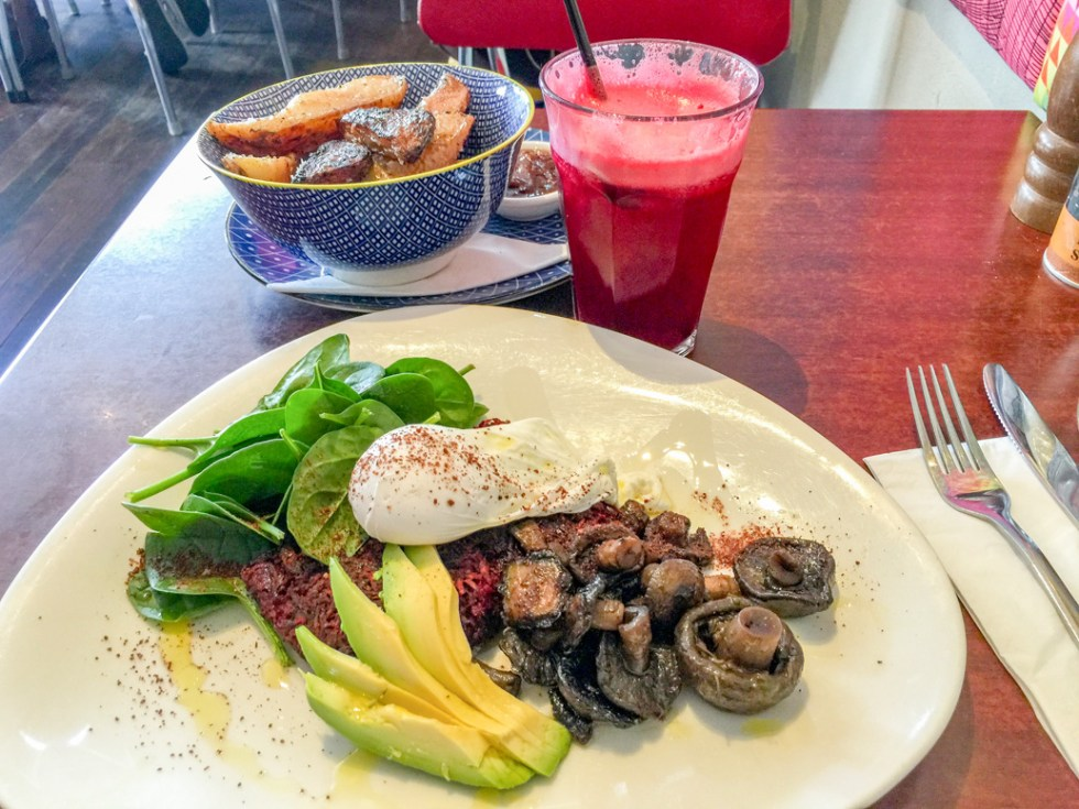 Duck fat garlic potato wedges miso mayonnaise Beetroot sweet potato fritter, avocado, mushrooms, poached egg and spinach Beetroot ginger carrot apple drink road trip to Bendigo