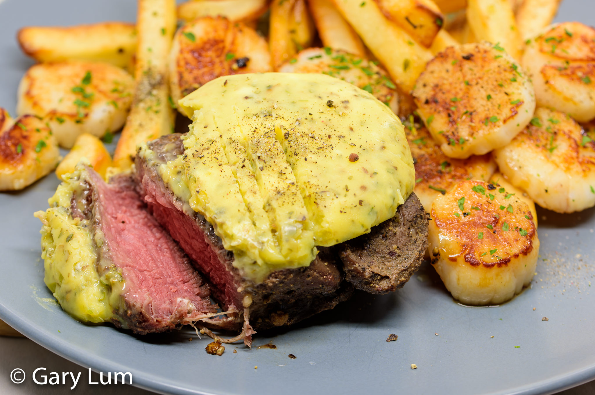 Garlic butter steak and chips