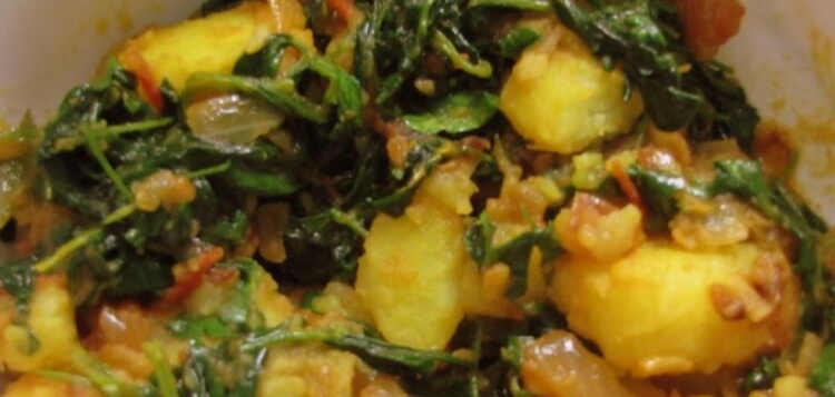 Methi Aloo Sabji / Fenugreek Leaves with Potatoes