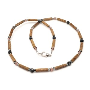 YumNaturals Emporium - Bringing the Wisdom of Mother Nature to Life - Hazelwood Labradorite Necklace 1