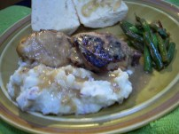 Chicken and 40 Cloves, Mashed potatoes, Garlic Gravy, Butter-Lemon-Garlic Green beans