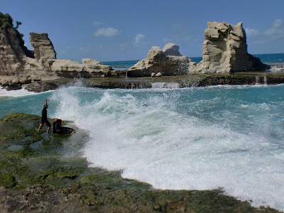 8 Foto Pantai Klayar Pacitan Jawa Timur, Lokasi Peta