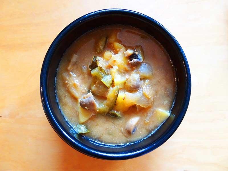 Recette de soupe coréenne saine et healthy, le Doenjangjjigae