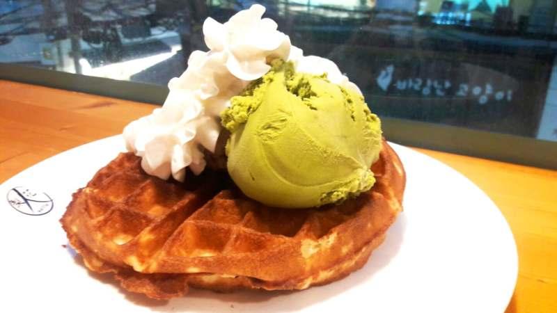 Gaufre avec glaces Li Hwa In Waffle