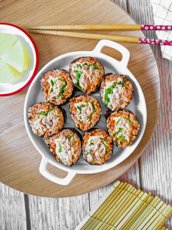 kimbap au riz sauté au kimchi