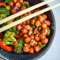General Tso's Chickpeas
