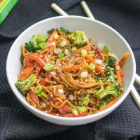 10-Minute Garlic Sesame Noodles