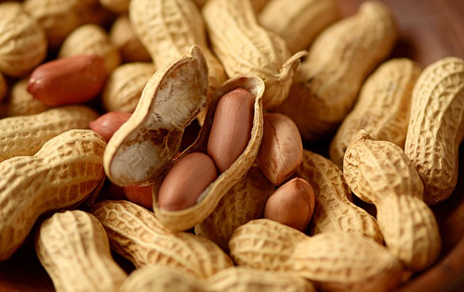 ピーナッツ】落花生との違いと栄養素、糖質制限ダイエットにお勧め食材!