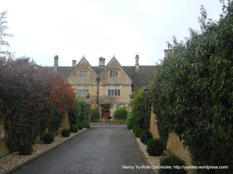 Fox Manor