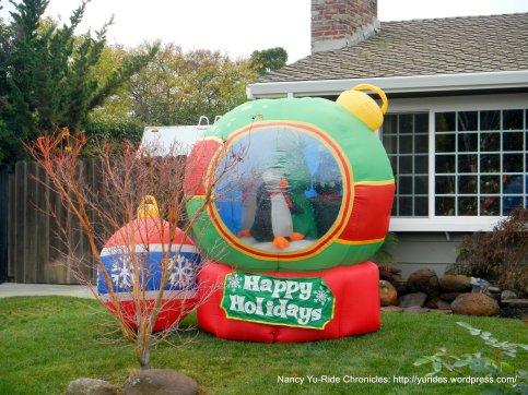 laurel dr-snow globe