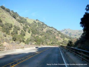 niles canyon rd-narrow bridge