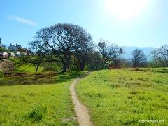 to regency gate trail head