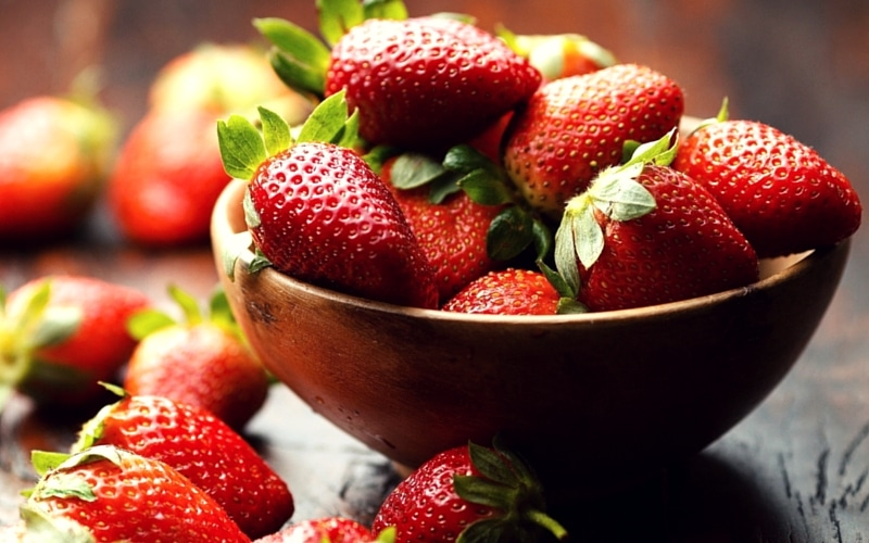 6 Organic Foods You Should Never Buy in Conventional Form - Strawberries
