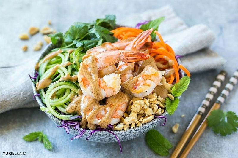 Simple Vietnamese Summer Roll Recipe (Made in a Bowl)