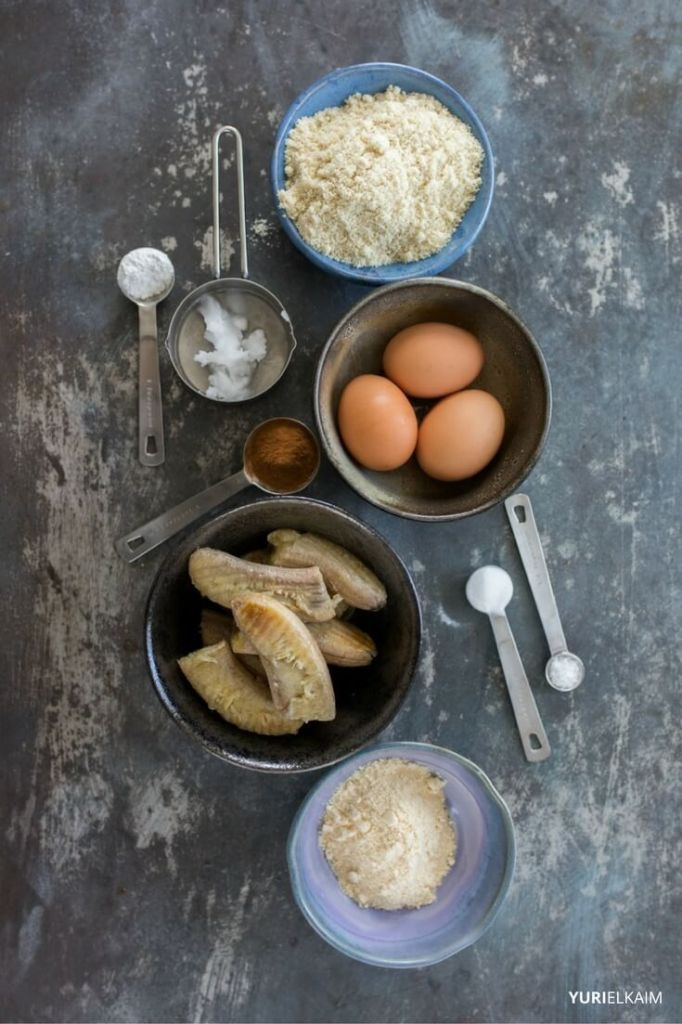 sugarless-banana-bread-ingredients