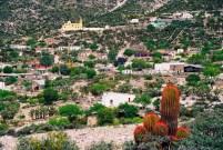 Yuri Martins Fontes / México-2002 / Povoado dos arredores de Real de Catorce: Pequena aldeia do deserto / Norte do país