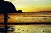 Yuri Martins Fontes / Nicarágua-2001 / San Juan del Sur: Pôr-do-sol no Pacífico com tucano