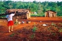 Yuri Martins Fontes / Argentina-2004 / Puerto Iguazú: Aldeia guarani/ Província de Missiones