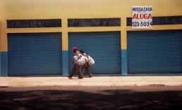Yuri Martins Fontes / Brasil-2004 / Foz do Iguaçu: Catadores / Tríplice Fronteira / Paraná