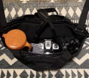 カメラも入るベビーカーバッグ