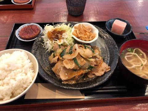 古民家カフェゆくる生姜焼き定食