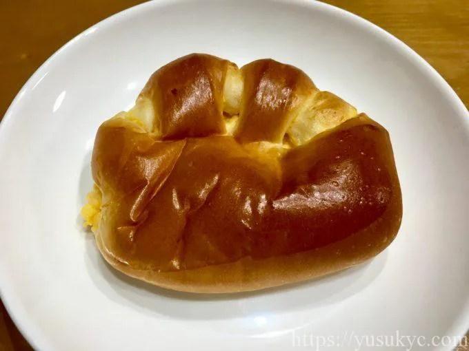 パン・ド・ムゥのクリームパン
