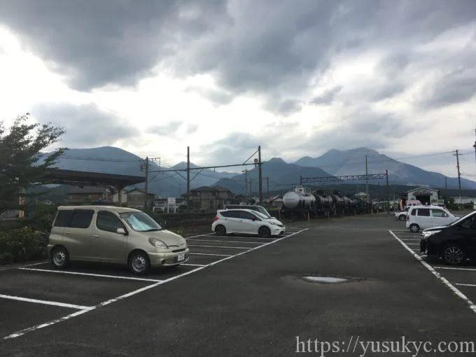丹生川駅駐車場