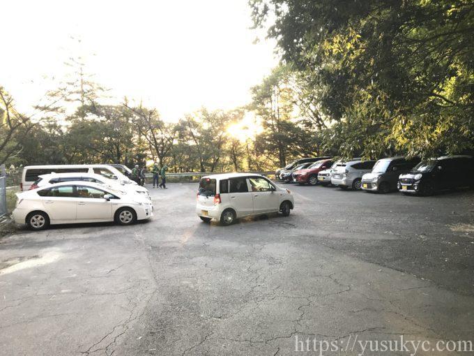 御在所岳の裏道駐車場