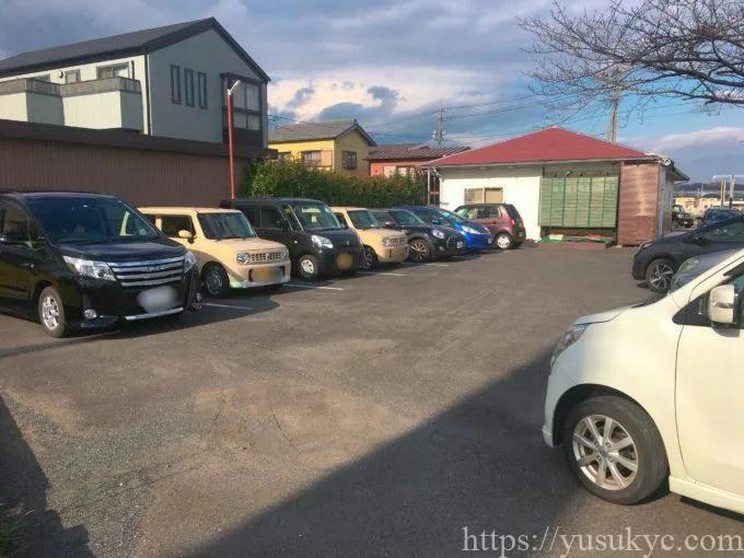 ぽっぽや駐車場