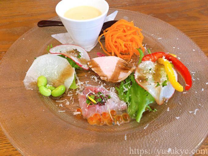 洋食SAKURA(さくら)のランチ