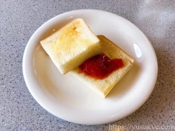 アミアンのパスタランチのパン