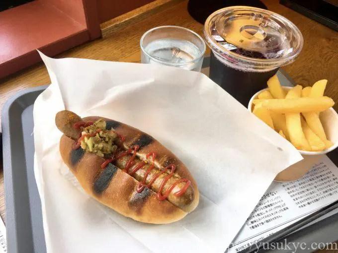 食肉加工屋FUCHITEI(フチテイ)のホットドッグ