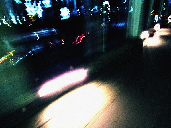 浜松町の歩道橋のライトの閃光2