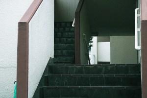 団地の階段