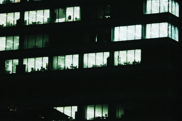 夜のビル街5