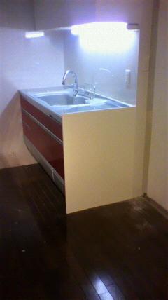 Ⅱ型レイアウトのキッチンシンク側