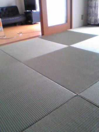 ヘリ無し半畳の畳琉球畳風