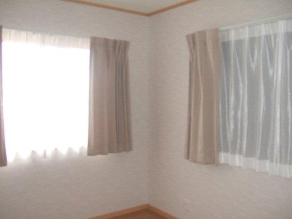 寝室に遮光グレード高いです
