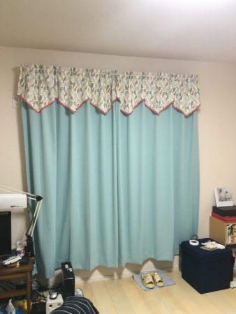 サンゲツスタイルカーテン水色