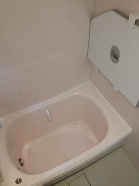 人工大理石のクレイドル浴槽