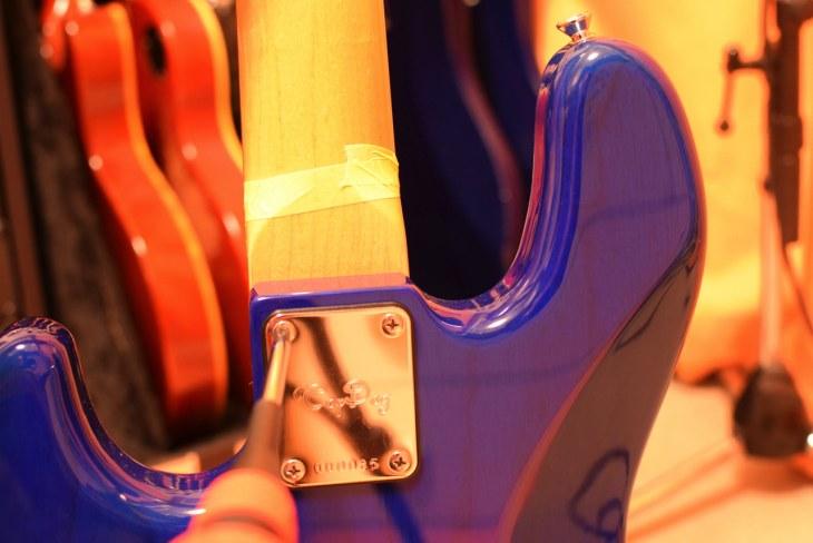 ギター・ベースのメンテナンスで、絶対にやってはいけないネジの締め方