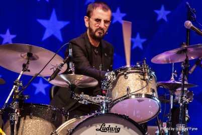 Ringo Starr & His All-Starr Band. צילום טוני פיין