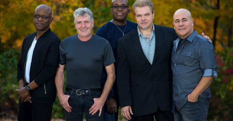 Spyro Gyra photo by Brian Friedman/B-Freed Photography