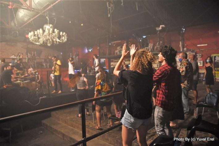 המופע של Lucille Crew במועדון בארבי. צילום יובל אראל