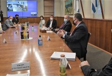 Photo of במפגש נציגי עולם התרבות עם ראש הממשלה הוא הורה על פתיחת עולם המופעים